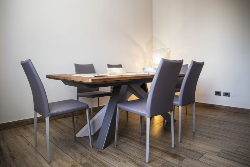 Bonaldo – Big Table ed Eral in contesto abitativo